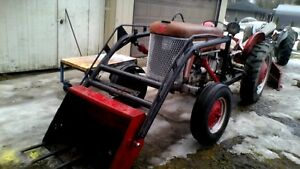 Massey Ferguson 50 4cyl GasTractor With Loader $2999. good