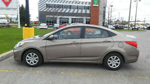2012 Hyundai Accent standard Sedan