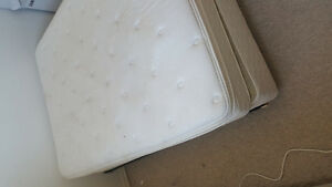 Esterhazy Double Mattress with box and frame