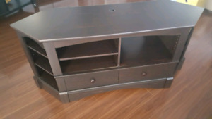 Beautiful mocha color entertainment / TV stand. Great shape
