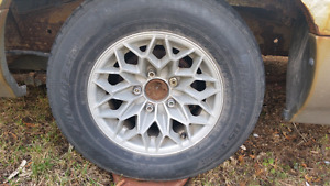 Chevy 5 bolt honey comb rims with good winters