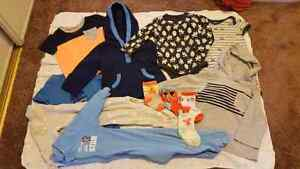 Gymboree/ Old Navy perfect condition 6/12 month clothes.