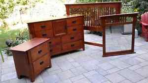 Bedroom set: Dresser, Night table and Headboard and Mirror