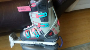 Solomon Ski Boots with Carrier