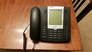 Aastra 675i VoIP Office Phone