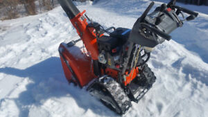HUSQVARNA 1827 EXLT TOP OF THE LINE SNOWBLOWER WITH TRACKS