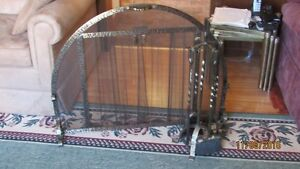 Round Fireplace Screen with the tools Cornwall Ontario image 2