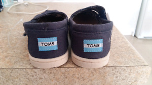 11 T boy (or girl) Toms