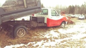 "Parting out '95 Ford F350 XL"" DUMP BOX SOLD"""