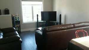 2 Rooms for Rent - 315 Rosewood Blvd West