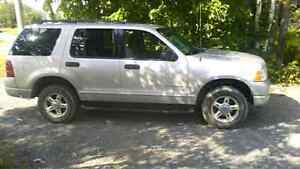 2004 Ford Explorer 4X4 needs nothing