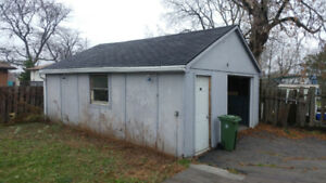 Detached Garage for rent