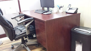 Office Desk Kitchener / Waterloo Kitchener Area image 3
