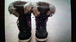 Excellent condition toddler shoes