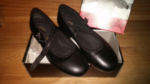 2 pairs of Tap shoes  size 7.5 and 8.5