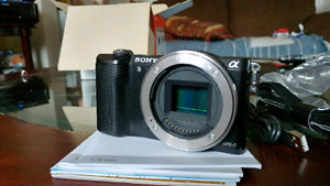 NEW IN BOX Sony a5000 with 16-50mm lens