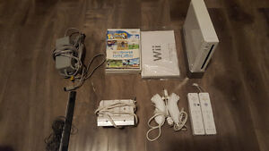 NINTENDO WII (2 SETS CONTROLLERS) + GAMES