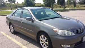 2005 Toyota Camry XLE Selling as is (needs a bit of work)