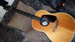Applause Acoustic Guitar, Made in USA $220. Made by Ovation.