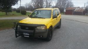2002 Ford Escape XLS Duratec SUV, Crossover