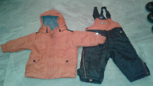 Snow suit.  Size 9-12 months.