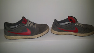 Used Nike shoes size 12