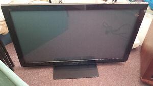 """Panasonic 42"""" Flatscreen TV"""