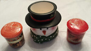 Yankee Candle Snowman Votive Holder and Two New Votive Candles