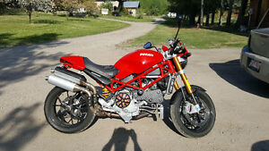 CLEAN DUCATI MONSTER S4RS