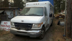 2002 Ford Ambulance - must sell