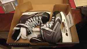 Bauer brand new skates size 11 youth