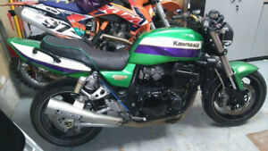 Kawasaki zrx1100 Eddie Lawson 1999 street Fighter