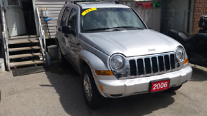 2006 jeep liberty 4x4 limited edition fully loaded London Ontario image 4