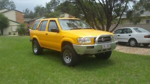 Nissan Pathfinder 4x4, Auto, Sport  Reliable, lovely to drive Labrador Gold Coast City Preview