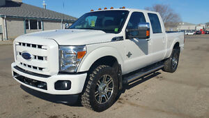 2015 Ford E-350 Platinum Pickup Truck