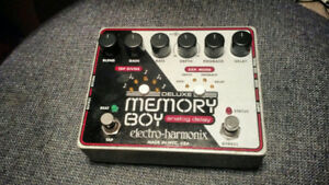 EHX Deluxe Memory Boy Analog Delay Pedal