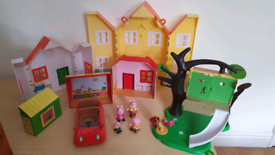 Peppa pig Multi Playset house cafe vets 4 figures, treehouse, car
