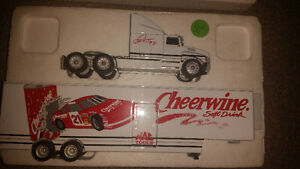 Cheerwine vintage diecast truck just like new!!!! Only 30$...... London Ontario image 1