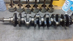 BMW e30 crankshaft, connecting rods and pistons
