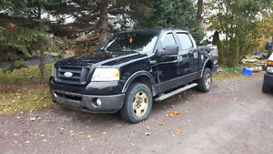 2006 Ford F-150 FX4 SuperCrew Pickup Truck
