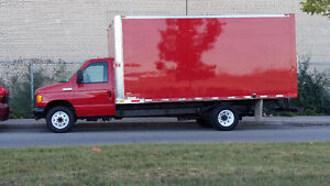 """Camion Ford cube 16"""" dry box"""