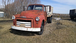 1949 gmc 3-ton dump box