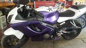 2003 cbr 600f4i