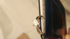1 carat ring in white gold