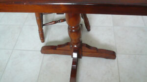 RARE LOVELY TABLES W CHAIRS MINT CONDITION SETS
