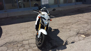 2013 white CB1000RA with 20,000k