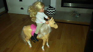 Kids doll on horse ( sold ppu )