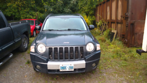 2007 REDUCED TO $1500 OBOJeep Compass 4x4 Limited