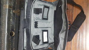Targus laptop carrying case