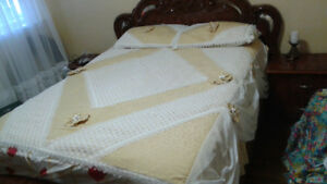 Beige & White Bed Cover